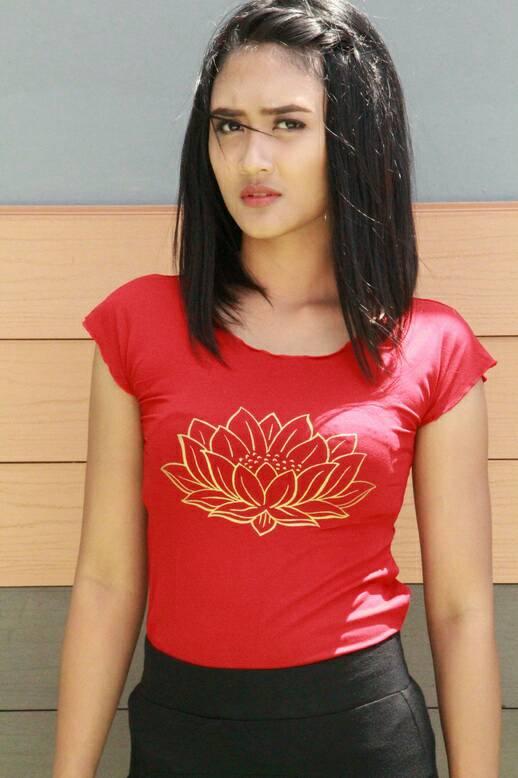 Tshirt Lotus Merah