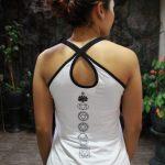 Top Yoga Silang Lotus Putih
